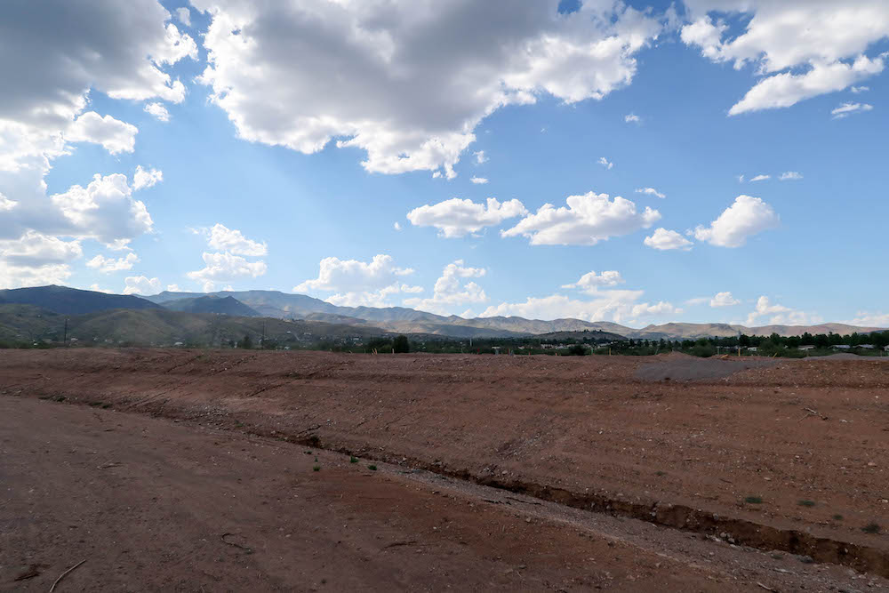 Vineyards at Cottonwood's Lot 39 Left View
